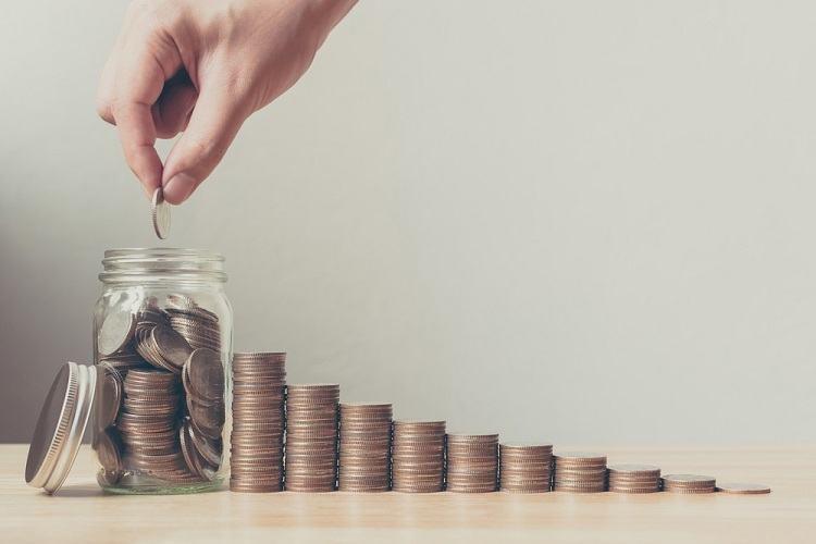 Chia nhỏ số tiền ra nhiều sổ là cách hiệu quả tránh rủi ro phải đáo hạn toàn bộ