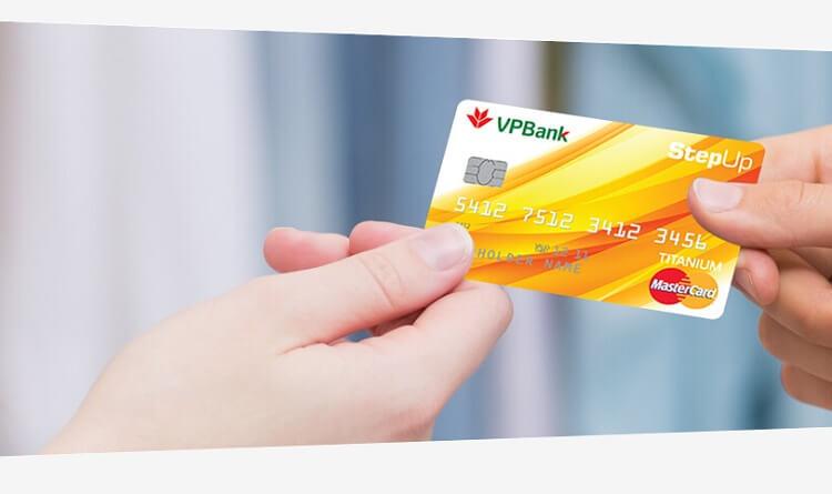 Có nên mở thẻ tín dụng VPBank không?