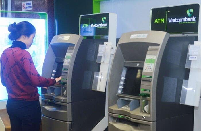 Cẩm nang đầy đủ về Cách sử dụng thẻ ATM và thẻ ATM